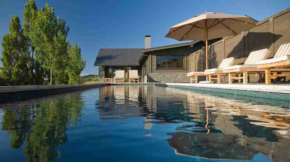 hawkes bay black barn retreats